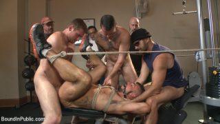 Horny gym goers dump their.. Boundinpublic.com – incestporn.cc