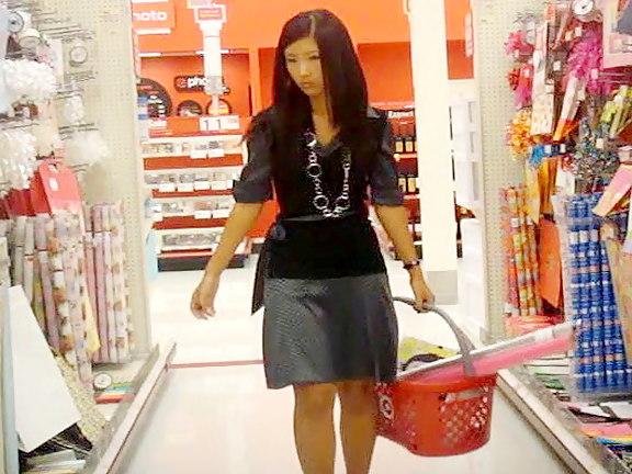 Hot asian babe uspkirt clip Upskirtcollection.com